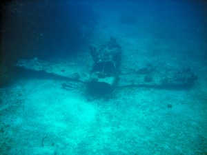 underwater-reef-plane-in-jamaica